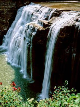 Water falling from rocks, Lower Falls, Letchworth State Park, New York State, USA