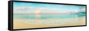 Waves on the Beach, Seven Mile Beach, Grand Cayman, Cayman Islands