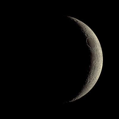 https://imgc.allpostersimages.com/img/posters/waxing-crescent-moon_u-L-PZHJHC0.jpg?artPerspective=n