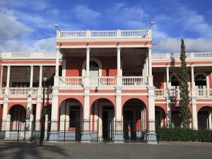 Palacio Episcopal (Bishop's Palace), Parque Colon, Central Park, Granada, Nicaragua by Wendy Connett