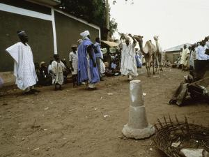 The market place in Sokoto, northern Nigeria by Werner Forman