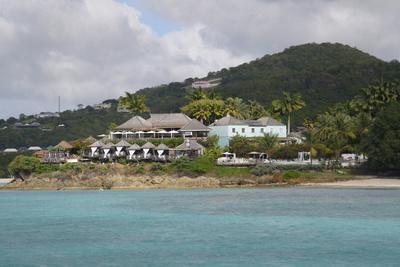 https://imgc.allpostersimages.com/img/posters/west-coast-antigua-leeward-islands-west-indies-caribbean-central-america_u-L-PQ8PJB0.jpg?p=0