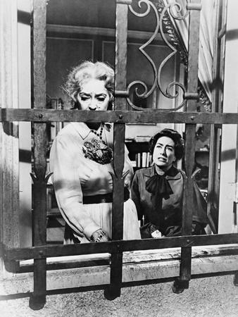 https://imgc.allpostersimages.com/img/posters/what-ever-happened-to-baby-jane-1962_u-L-Q10TWYP0.jpg?artPerspective=n