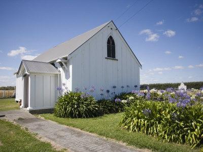 https://imgc.allpostersimages.com/img/posters/wheriko-anglican-church-manawatu-north-island-new-zealand-pacific_u-L-P7V1CG0.jpg?p=0