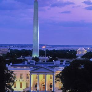 White House at dusk, Washington Monument, Washington DC, USA
