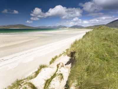 https://imgc.allpostersimages.com/img/posters/white-sand-beach-of-seilebost-isle-of-harris-outer-hebrides-scotland-uk_u-L-P7NH0G0.jpg?p=0