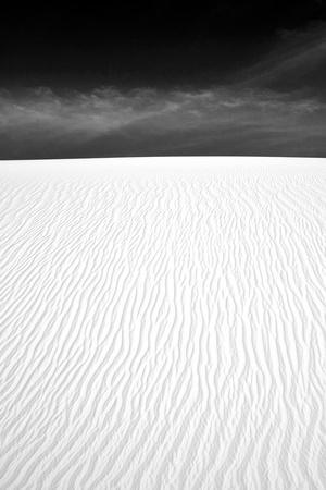 https://imgc.allpostersimages.com/img/posters/white-sands-new-mexico_u-L-Q11UI7Y0.jpg?p=0