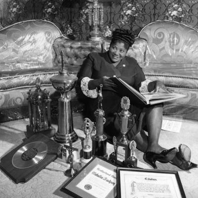 Mahalia Jackson - 1960 by William Lanier