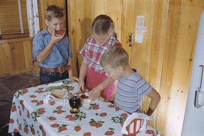 Children Eating Jelly Sandwiches by William P. Gottlieb