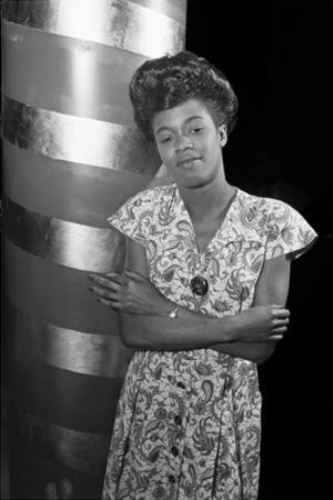 Sarah Vaughan, Café Society (Column) by William P. Gottlieb