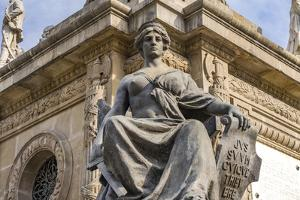 Justice statue, Angel of Independence Monument, Mexico City, Mexico. by William Perry