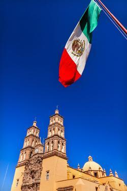 Mexican Flag, Parroquia Catedral Dolores Hidalgo, Mexico. by William Perry