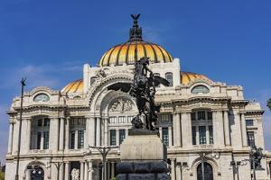 Pegasus statue in front of Palacio de Bellas Artes, Mexico City, Mexico. by William Perry