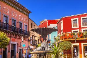 Plaza Del Baratillo, Baratillo Square, Fountain, Colorful Buildings, Guanajuato, Mexico by William Perry