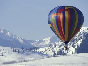 Hot Air Ballon and the North Cascade mountains, Methow Valley, Washington, USA by William Sutton