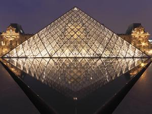The Pyramide Du Louvre, Paris, France by William Sutton