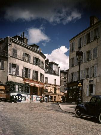 Winding, Uphill Street of the Montmartre Section of Paris
