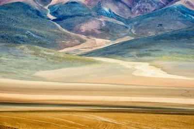 https://imgc.allpostersimages.com/img/posters/winding-path-in-the-mountain-eduardo-abaroa-andean-fauna-national-reserve-bolivia_u-L-Q1H212T0.jpg?artPerspective=n