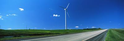 Windmill along US Route 83, North Dakota, USA