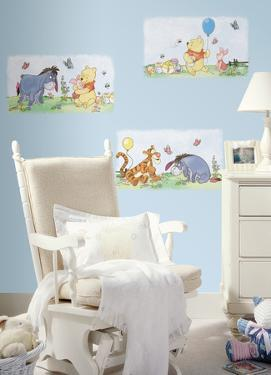 Winnie the Pooh - Scenic Peel & Stick Wall Decals