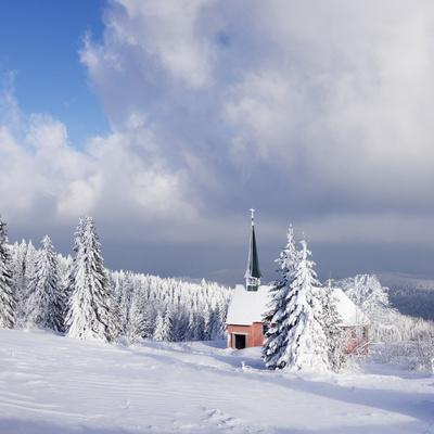 https://imgc.allpostersimages.com/img/posters/winter-scenery-on-the-kandel-with-church-black-forest-baden-wurttemberg-germany_u-L-Q1EY2BR0.jpg?artPerspective=n