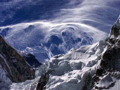 https://imgc.allpostersimages.com/img/posters/wispy-clouds-form-near-the-peaks-surrounding-mount-everest_u-L-Q10OPXC0.jpg?p=0