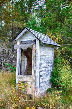 Dilapidated Outhouse by Wolterk