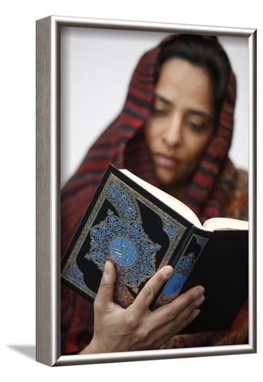 Woman reading Koran, Jordan-Godong-Framed Photographic Print