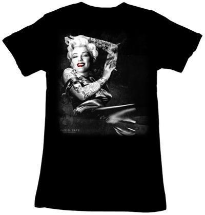 Women's: Marilyn Monroe - Smoker