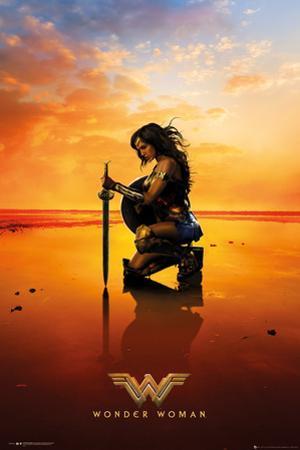 Wonder Woman - Kneel