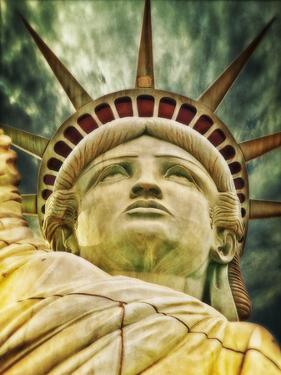 Liberty Statue US by Wonderful Dream