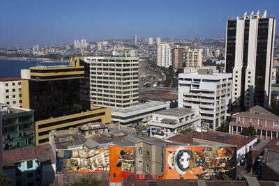 https://imgc.allpostersimages.com/img/posters/wonderful-graffiti-valparaiso-chile_u-L-PWFDZV0.jpg?p=0