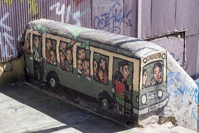 https://imgc.allpostersimages.com/img/posters/wonderful-graffiti-valparaiso-chile_u-L-PWFGP30.jpg?p=0