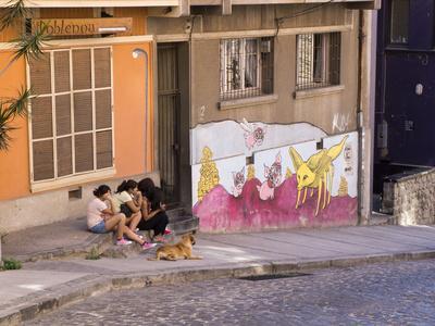 https://imgc.allpostersimages.com/img/posters/wonderful-graffiti-valparaiso-chile_u-L-PWFI2D0.jpg?p=0