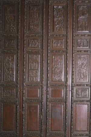 https://imgc.allpostersimages.com/img/posters/wooden-door-of-basilica-of-st-sabine-rome-italy-5th-century_u-L-PRBKRY0.jpg?p=0