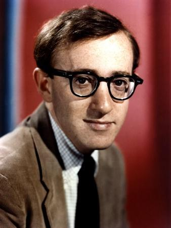 https://imgc.allpostersimages.com/img/posters/woody-allen-early-60-s-photo_u-L-Q1C382O0.jpg?artPerspective=n