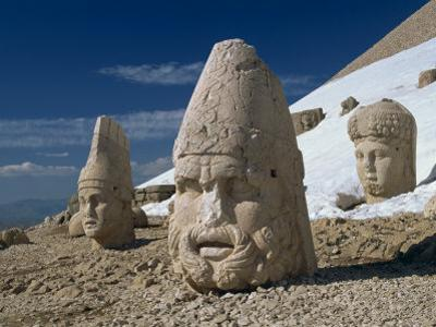 Statue Heads of Zeus, Antiochos and Tyche, West Terrace at Nemrut Dag, Anatolia, Turkey Minor