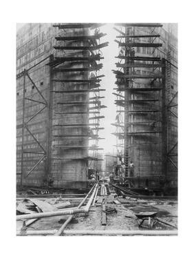 Worker on Panama Canal Lock