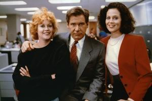Working Girl by MikeNichols with Harrison Ford Melanie Griffith and Sigourney Weaver, 1988 (photo)