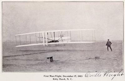 https://imgc.allpostersimages.com/img/posters/wright-brothers-flight-at-kitty-hawk_u-L-EIC9K0.jpg?artPerspective=n