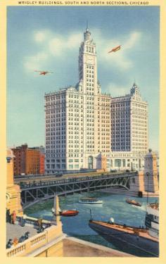 Wrigley Building on Chicago River, Chicago, Illinois