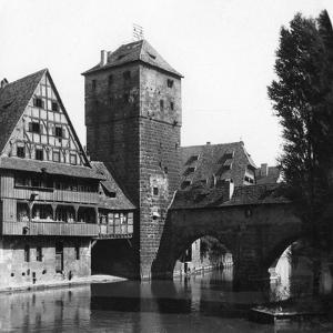 Henkersteg (The Hangman's Bridg), Nuremberg, Bavaria, Germany, C1900s by Wurthle & Sons