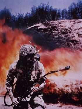 WW2 Us Marine Flame-Thrower Operator Wears Camouflage Combat Suit
