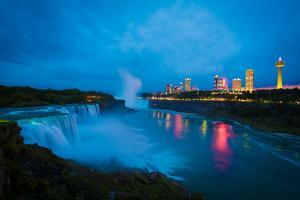 Niagara Falls after Sunset by www.35mmNegative.com
