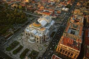 Palace of Fine Arts in Mexico City by www.infinitahighway.com.br