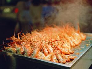 Steaming Grill of Prawns Found at a Night Market in Kenting, Taiwan by xPacifica
