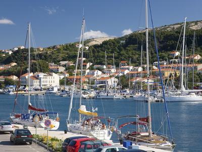 https://imgc.allpostersimages.com/img/posters/yachts-moored-in-the-harbour-rab-town-island-of-rab-primorje-gorski-kotar-croatia-europe_u-L-PFNLO90.jpg?p=0