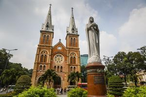 Notre Dame Cathedral, Ho Chi Minh City (Saigon), Vietnam, Indochina, Southeast Asia, Asia by Yadid Levy