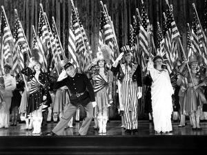 Yankee Doodle Dandy, Jeanne Cagney, James Cagney, Joan Leslie, Walter Huston, Rosemary Decamp, 1942