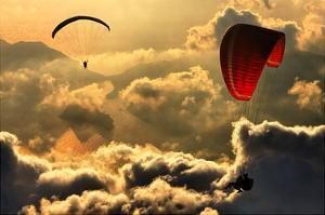 Paragliding 2 by Yavuz Sariyildiz